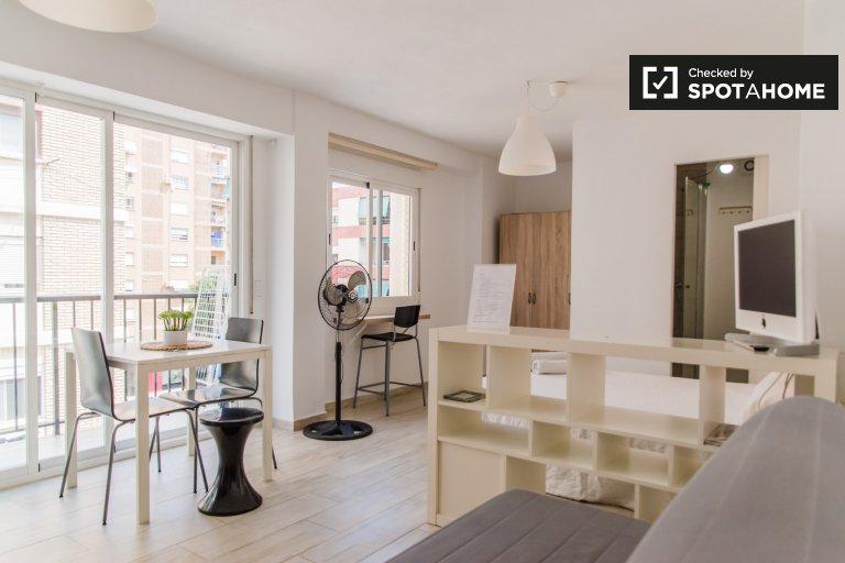 Studio apartment for rent in L'Amistat, Valencia