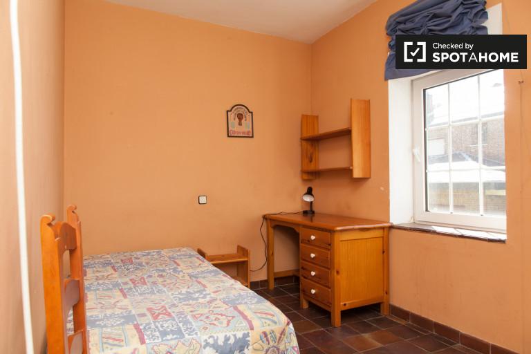 Doskonały pokój w apartamencie w Villaviciosa de Odón w Madrycie