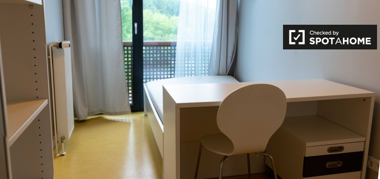 Apartamento de 2 dormitorios en alquiler en Treptow, Berlín