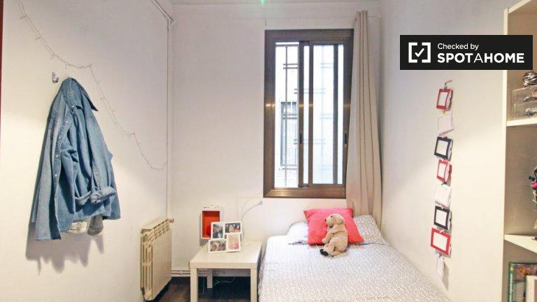 Bedroom 4- Single bed