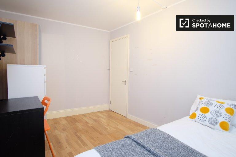 Chambre moderne dans un colocation de 3 chambres à Lambeth, Londres