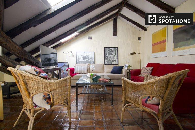 Gorgeous 2-bedroom apartment for rent in Salamanca, Madrid