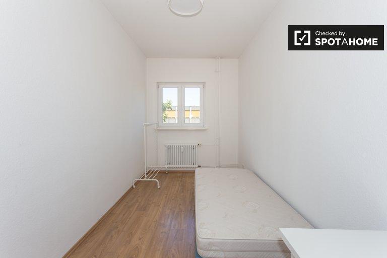 Ładny pokój do wynajęcia w Bergmannkiez, Berlin