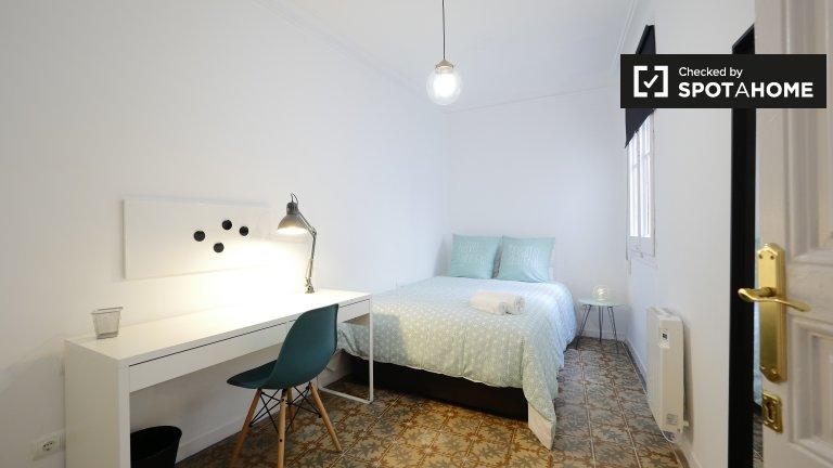 Przytulny pokój w apartamencie z 3 sypialniami w Barri Gòtic w Barcelonie