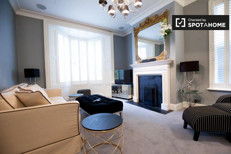 Schönes Haus mit 4 Schlafzimmern in Ballsbridge, Dublin zu vermieten