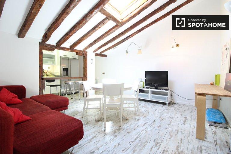 Apartamento de 3 quartos para alugar em Malasaña, Madrid