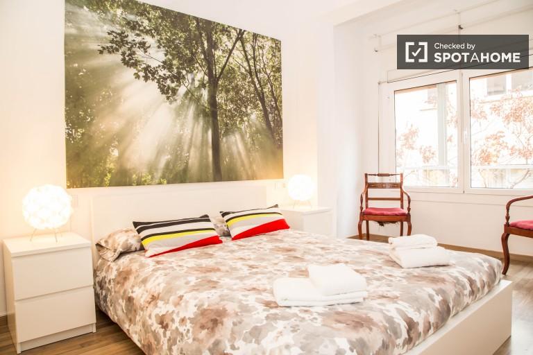 Komfortowy 2-pokojowy apartament w Sants, Barcelona