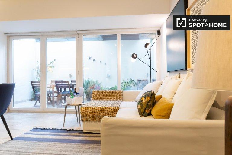 Moderno appartamento con 2 camere da letto in affitto a Lapa, Lisbona