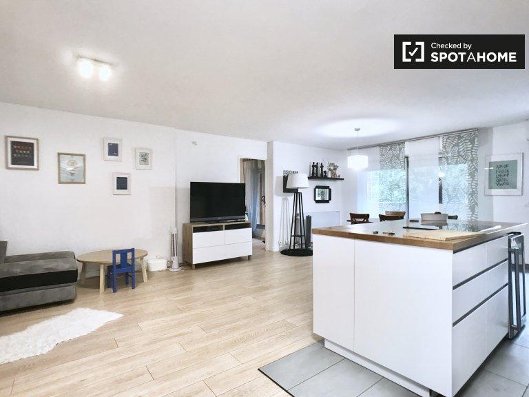 3-bedroom apartment for rent in Paris' 19th arrondissement