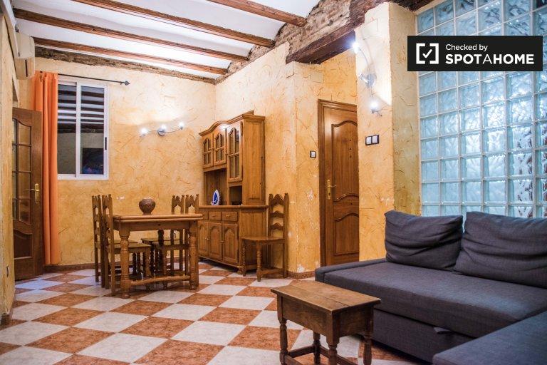 4-pokojowe mieszkanie do wynajęcia w Ciutat Vella w Walencji