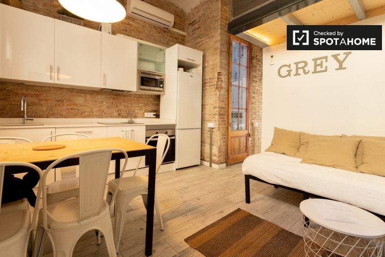Apartamento de 3 quartos para alugar em Sants-Montjuïc, Barcelona