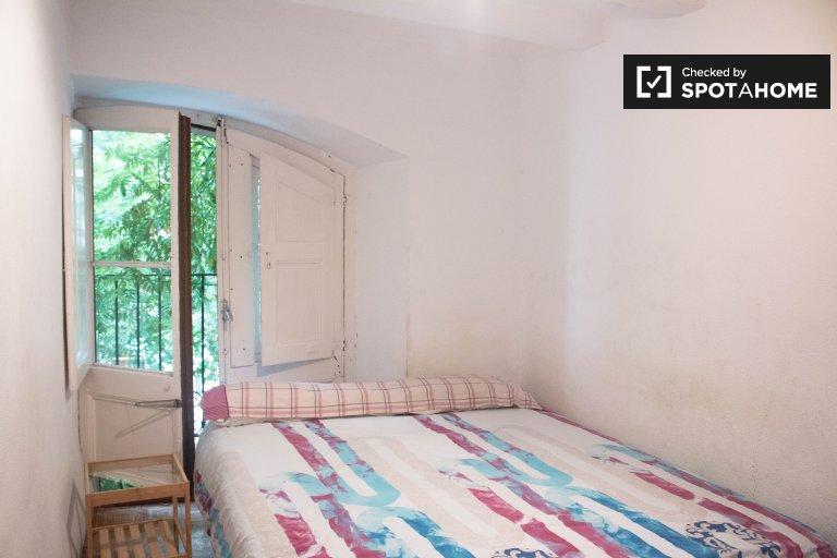 Chambres à louer à 5-pièces à El Raval, Barcelone