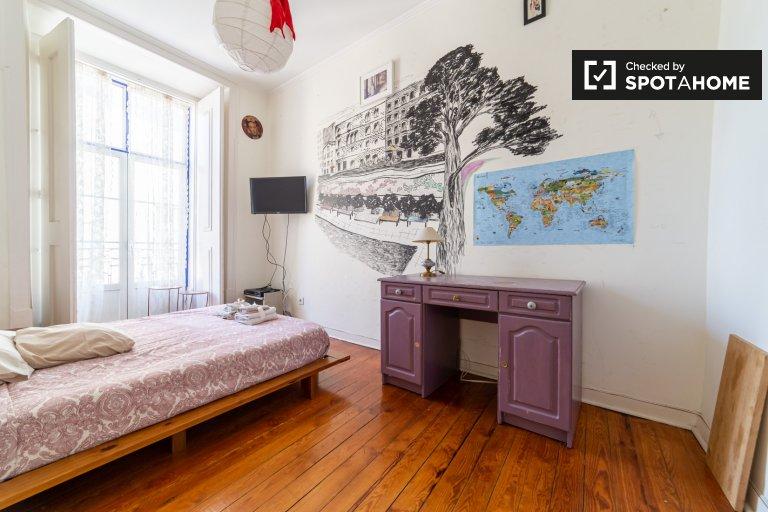Pokój do wynajęcia, apartament z 5 sypialniami, Alfama, Lizbona