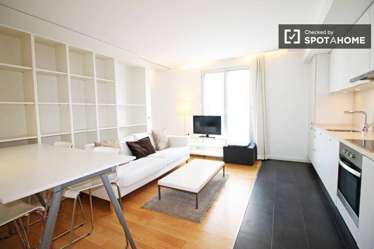 Stylowe 1-osobowe mieszkanie z dostępem do basenu w Poble Nou, Barcelona