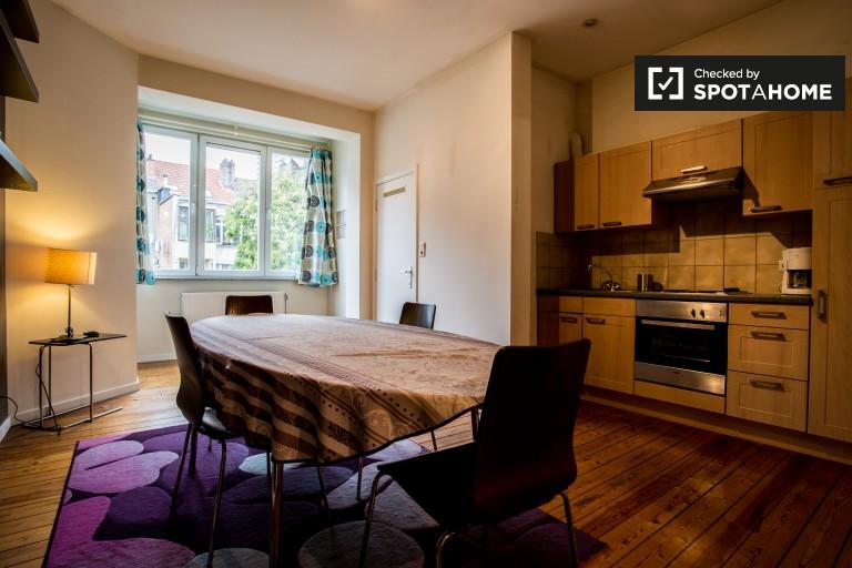 Elegante apartamento de 1 dormitorio en alquiler en Saint Josse, Bruselas