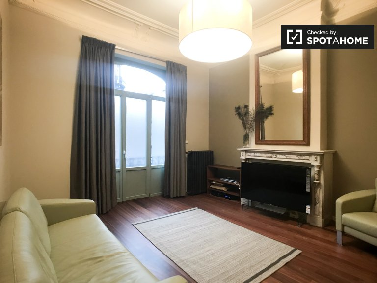 Gorgeous 2-bedroom apartment for rent in Schaerbeek