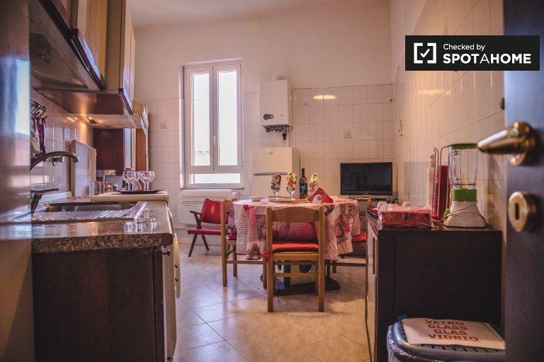 Charming 2-bedroom apartment for rent, Centro Storico, Rome