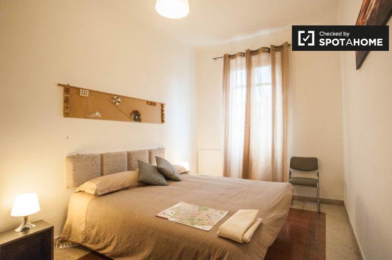 Chambre de charme dans un appartement de 3 chambres à San Giovanni, Rome