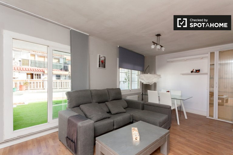 Spacieux appartement de 5 chambres à louer à Gràcia