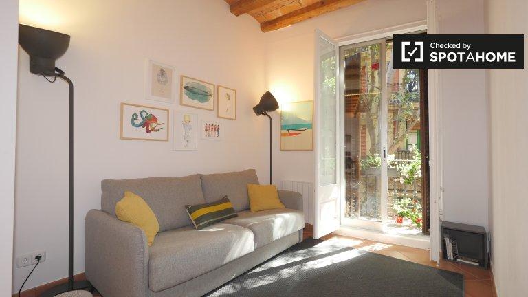 Gran apartamento de 2 dormitorios en alquiler en Poble-sec, Barcelona
