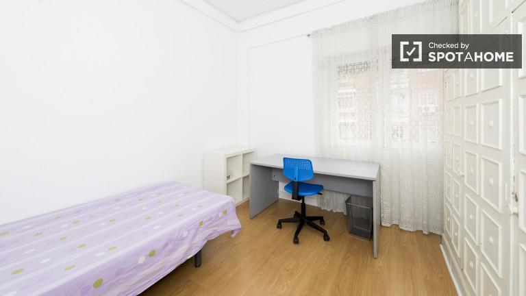 Exterior single room 4