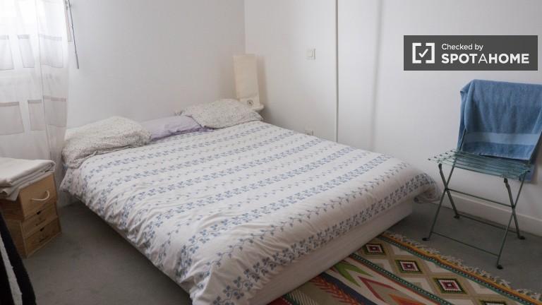 Wspaniały pokój w apartamencie z 5 sypialniami w Bercy w Paryżu