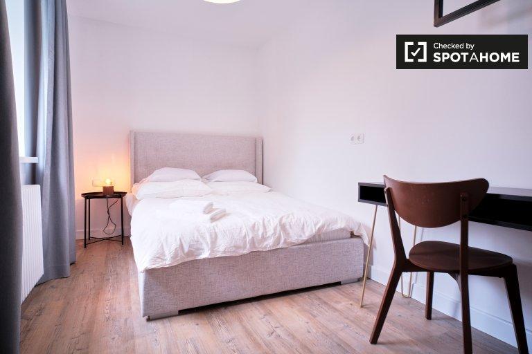 Stanza in affitto, appartamento con 3 camere da letto, Neukölln, Berlino