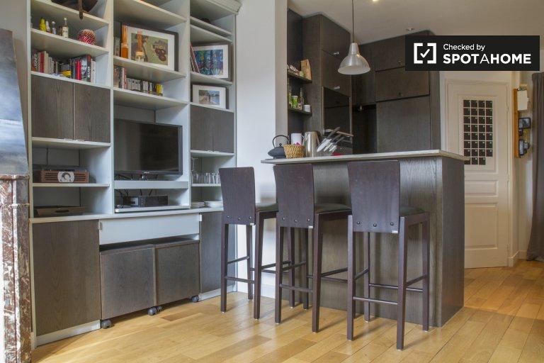Accogliente appartamento con 1 camera da letto in affitto nel 15 ° arrondissement