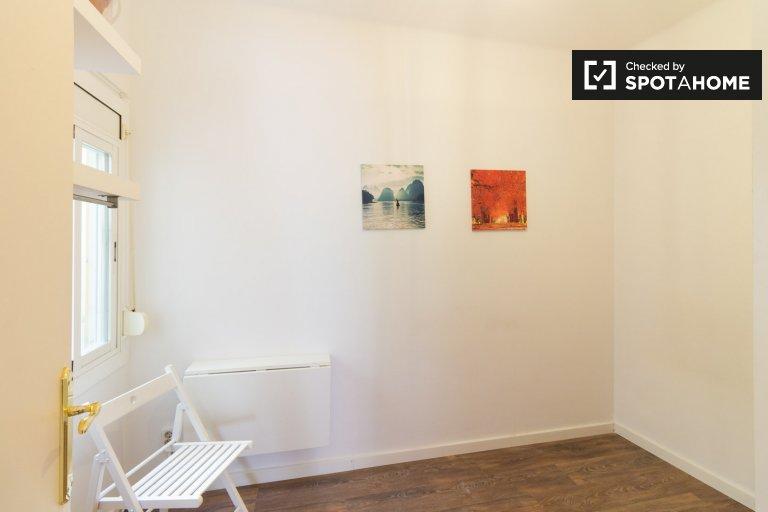 Kiralık oda, 4 yatak odalı daire, gösterişli El Born, Barcelona