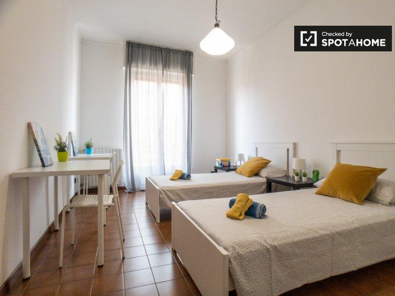 Betten zur Miete in Mehrbettzimmern in Morivione, Mailand