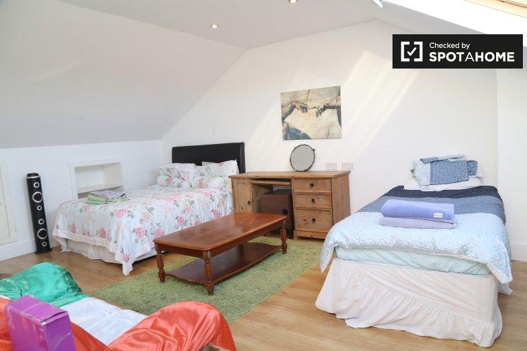 Zimmer zu vermieten in 4-Zimmer-Häuser in Donaghmede, Dublin