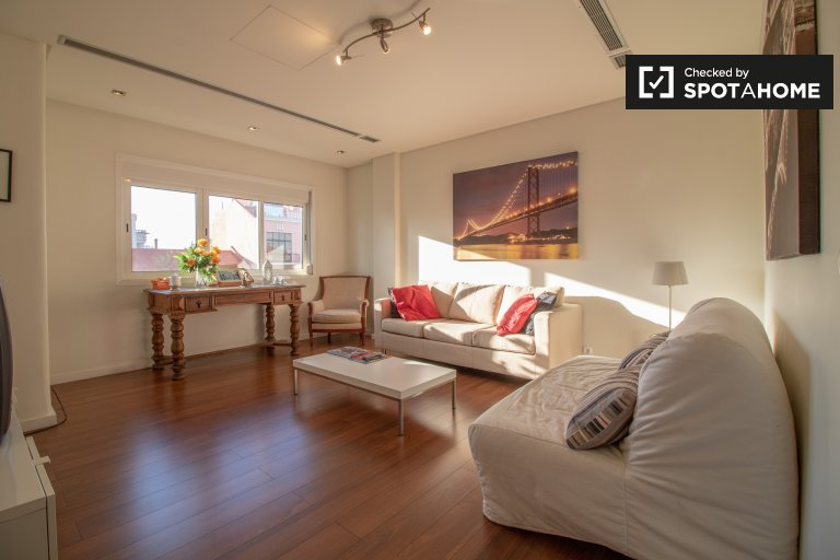 3-bedroom apartment for rent in Alvalade, Lisbon