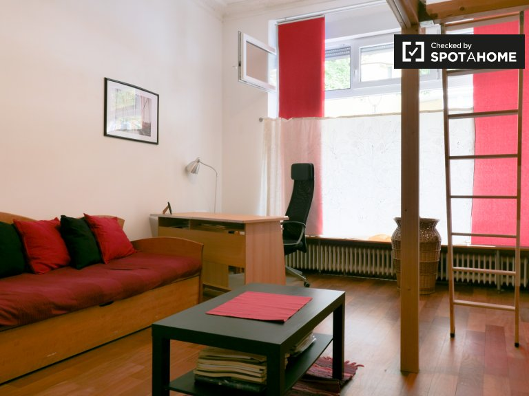 Przestronny, czteropokojowy apartament Charlottenburg-Wilmersdorf