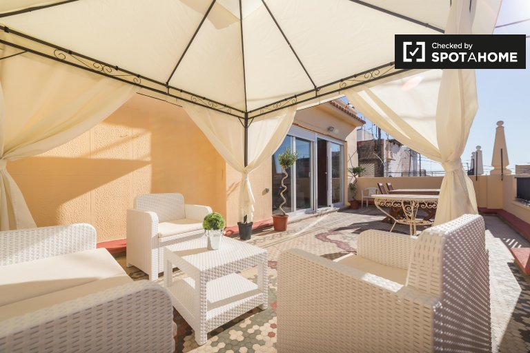 Ciutat Vella, Valensiya'da 3 odalı kiralık daire