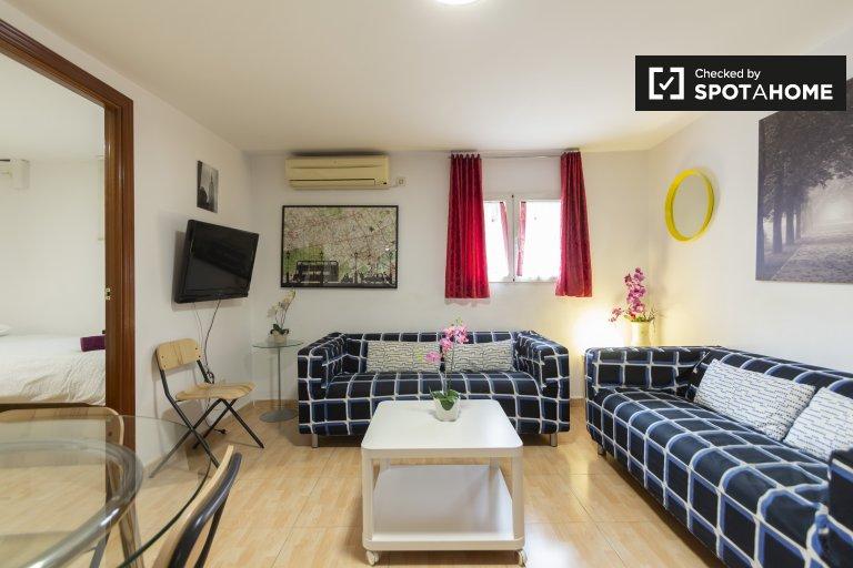 Centro, Madrid'de kiralık geniş 4 yatak odalı daire