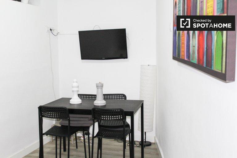 Apartamento moderno de 1 quarto para alugar em Lavapiés, Madrid