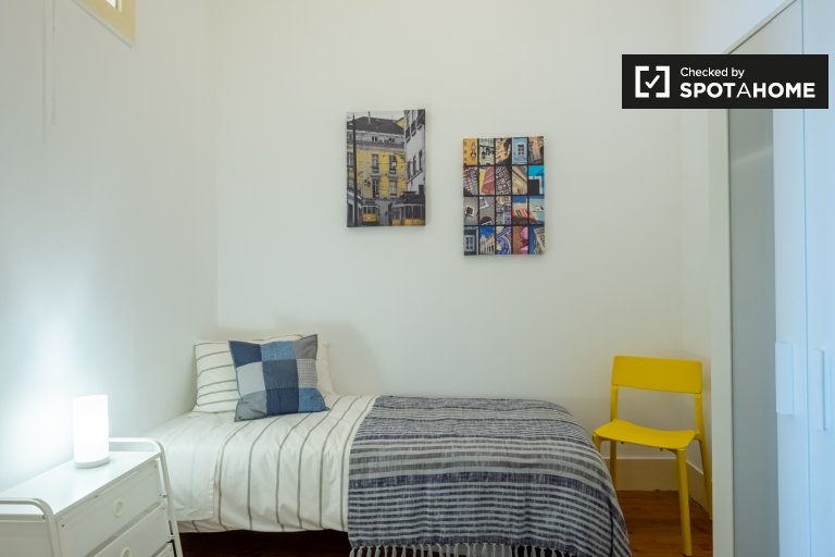 Single room for rent, 3-bedroom apartment, Santa Maria Maior