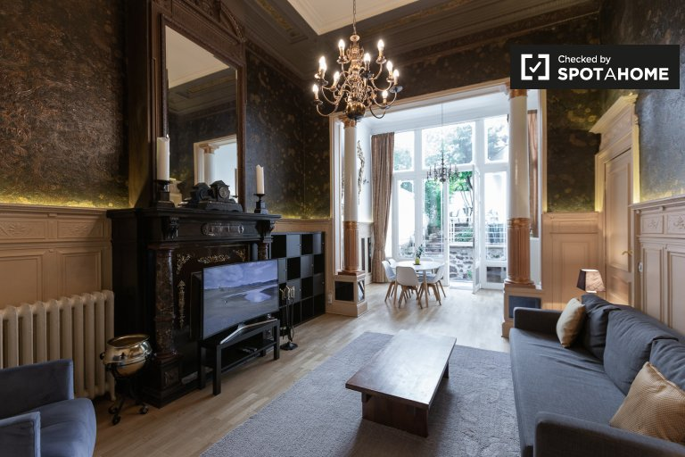 Fab 2-bedroom apartment for rent en Saint-Gilles, Bruselas