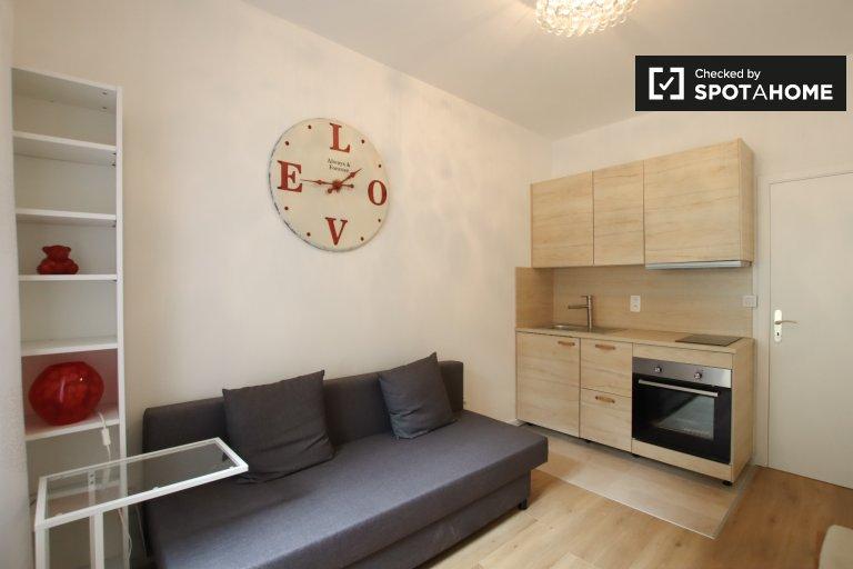Apartamento renovado de 1 dormitorio en alquiler, Woluwe Saint Lambert