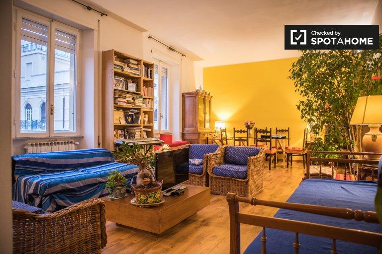 Niesamowite 3-pokojowe mieszkanie do wynajęcia w Nomentano w Rzymie