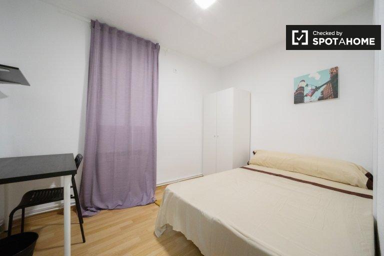 Quarto para alugar, apartamento de 11 quartos, animada Centro, Madrid