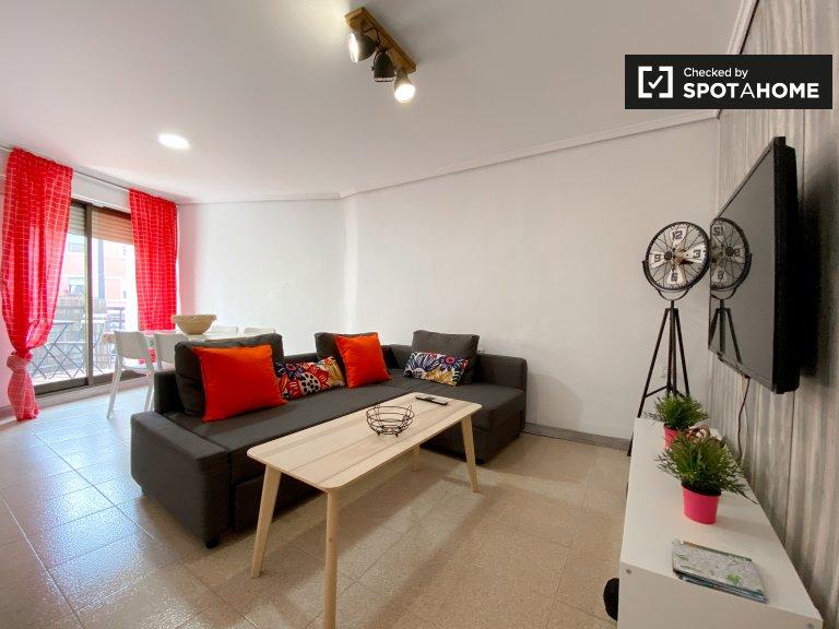 Appartamento con 4 camere da letto in affitto a Benimaclet, Valencia