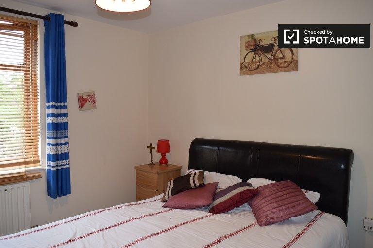 Quarto para alugar em casa de 3 quartos em Clonsilla, Dublin
