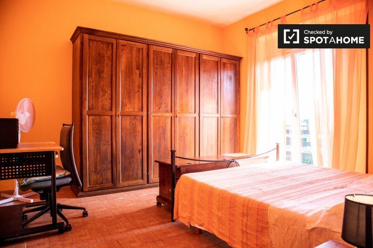 Pokój do wynajęcia w 4-pokojowym mieszkaniu w Valle Muricana