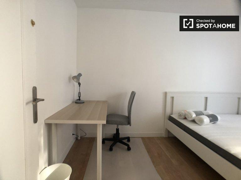 Salle fonctionnelle à louer dans un appartement, Noisy-le-Grand, Paris