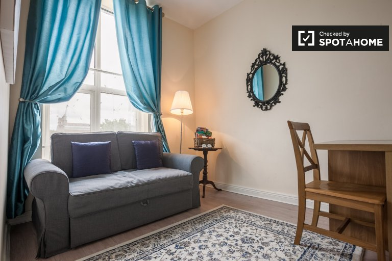 1-bedroom flat to rent in Rathgar, Dublin