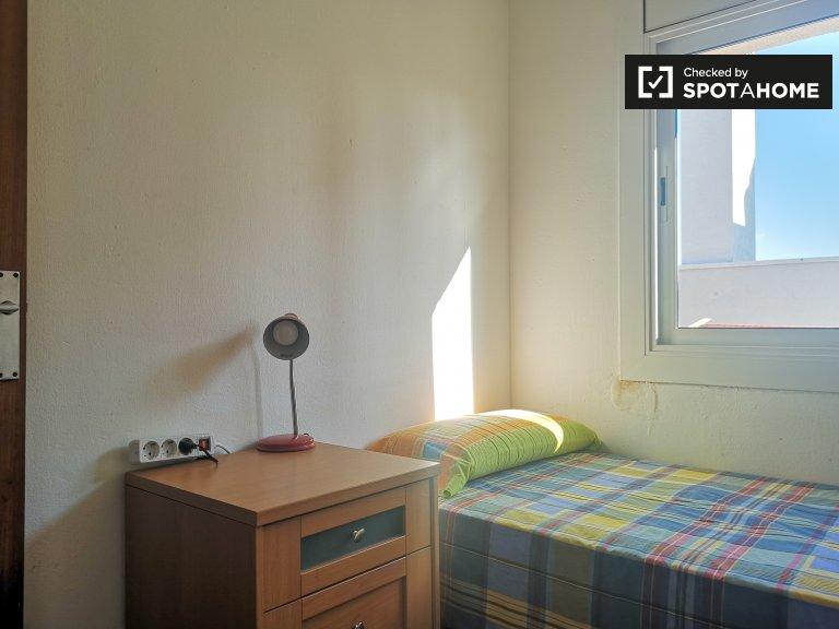 Se alquila habitación individual, apartamento de 3 dormitorios, Horta-Guinardó