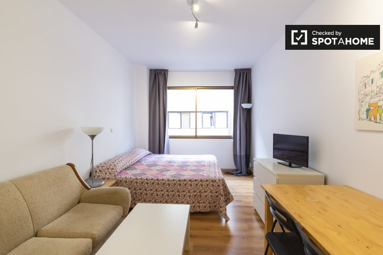 Studio apartment for rent in Salamanca, Madrid