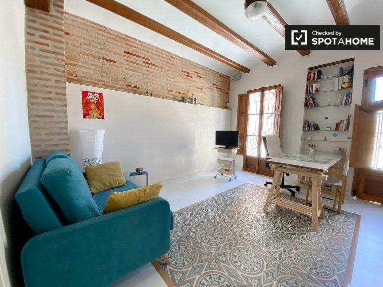 Ótimo apartamento de 1 quarto para alugar em Poblats Marítims