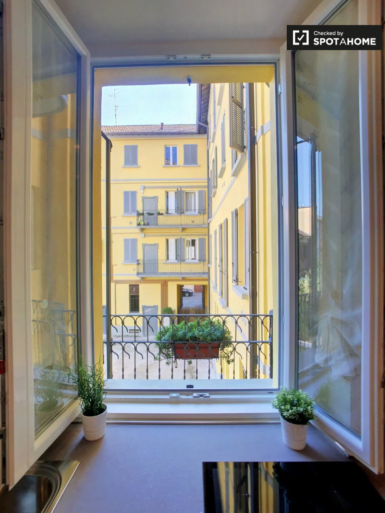 1-bedroom apartment for rent in Centrale, Milan